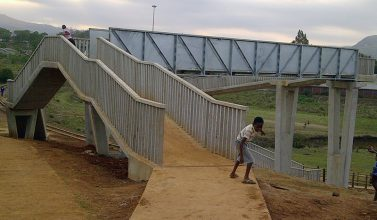 bridge building 2
